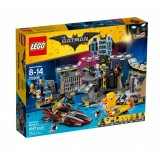 Lego Batman Batcave Break In 70909