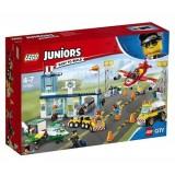 Lego Juniors City Havaalanı 10764