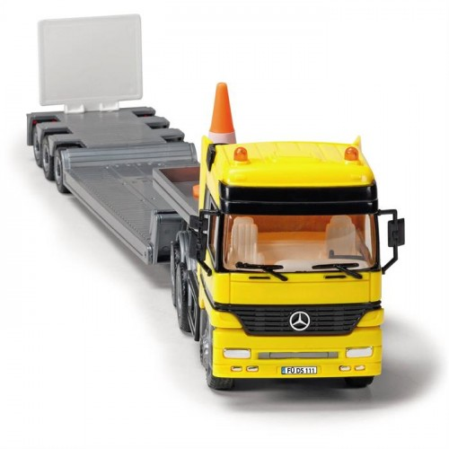 Dickie Toys Mercedes Benz Actros Team 3829002