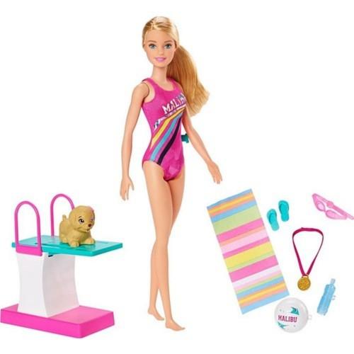 Barbie Seyahatte Yüzücü Barbie Oyun Seti GHK23